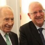 Präsident Shimon Peres und der zukünftige Präsident Reuven Rivlin